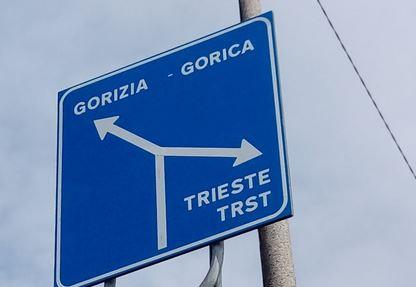 Gorizia,Trieste, cartello stradale