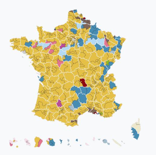 Francia, Macron conquista la maggioranza assoluta. Affluenza ai minimi storici