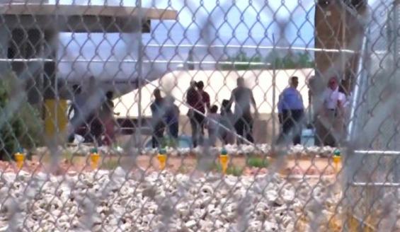 Centinaia di bimbi abusati nei centri migranti americani
