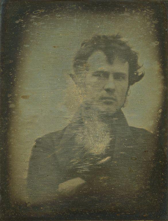 Robert-Cornelius-primo-selfie