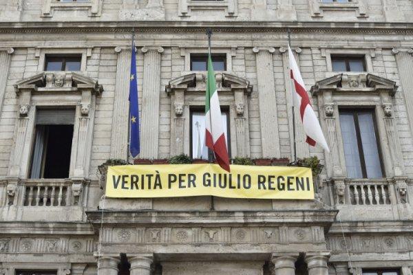 Commissione regeni la vergogna di un aula vuota for Numero deputati parlamento italiano