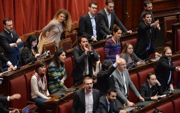 Le indifendibili 5 stelle agoravox italia for Deputati pd